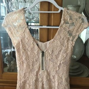 Urban Outfitters Dresses - Cream Lace Bodycon